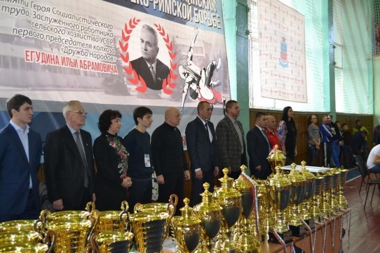 В Петровке Красногвардейского района пройдет борцовский турнир памяти Ильи Егудина