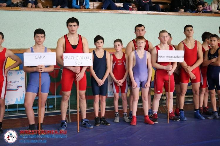 Фоторепортаж с борцовского турнира на призы Александра Пономарева в Красногвардейском районе