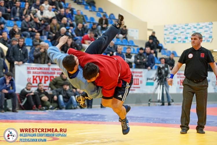 Фоторепортаж со II Всекрымского чемпионата по национальной борьбе куреш