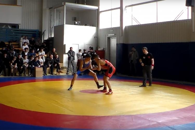 Все победители и призеры первенства Крыма по греко-римской борьбе среди юниоров