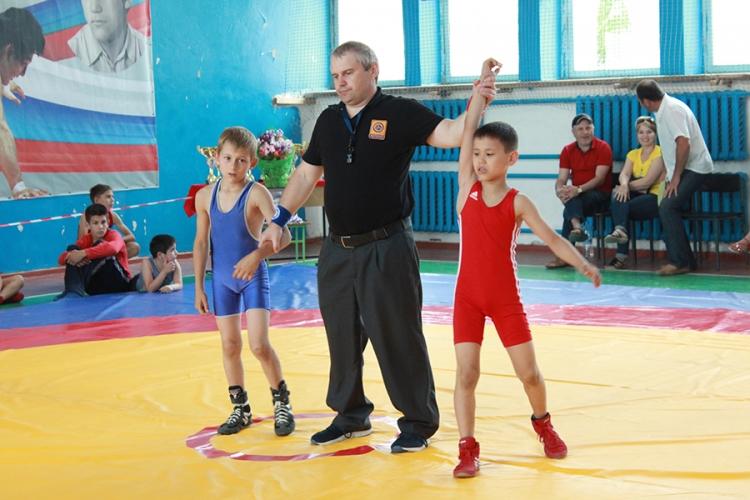 В Бахчисарае определились победители Всероссийского борцовского турнира памяти Николая Мокану