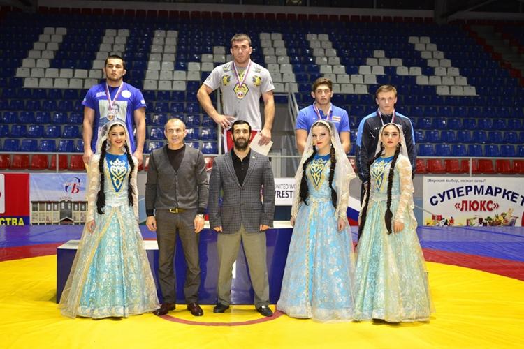 Все победители и призеры первенства России по вольной борьбе среди юниоров до 20 лет