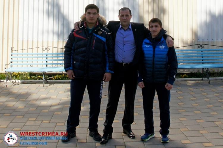 Эмин Сефершаев и Азамат Сеитов – победители юниорского первенства России среди классиков!