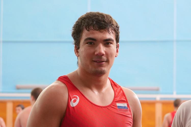 Юниорская сборная России по греко-римской борьбе в Алуште готовится к первенству мира