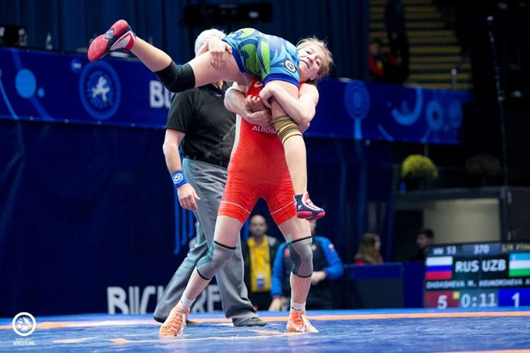Все победители и призеры первенства мира по женской борьбе среди юниорок до 23 лет