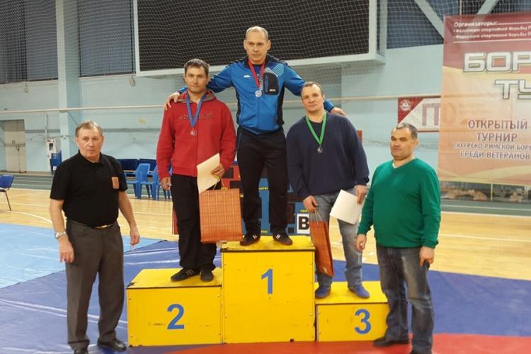 Крымские борцы-классики завоевали две медали на чемпионате России среди ветеранов
