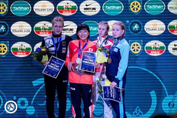 Вероника Гурская – бронзовый призер юниорского первенства мира по женской борьбе!