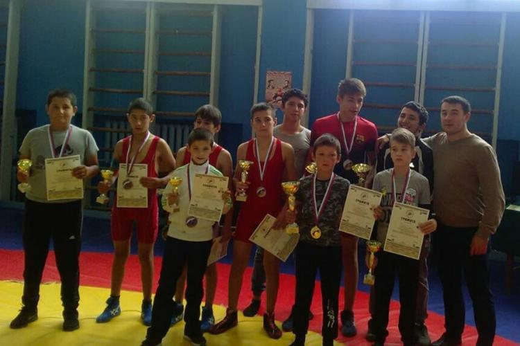 Борцовский турнир на призы Георгия Шестака в Бахчисарайском районе собрал 122 участника