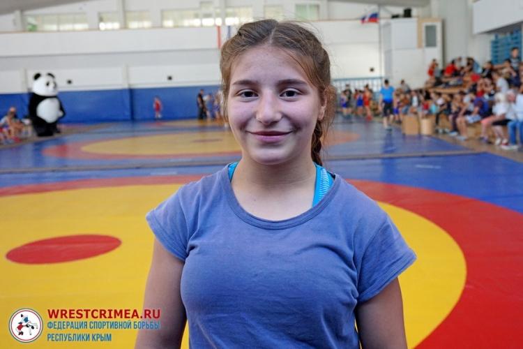 Видеосюжет об Амиде Языджиевой – бронзовом призере первенства России по женской борьбе