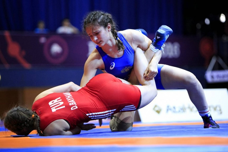 Все победители и призеры первенства Европы по женской борьбе среди девушек до 18 лет