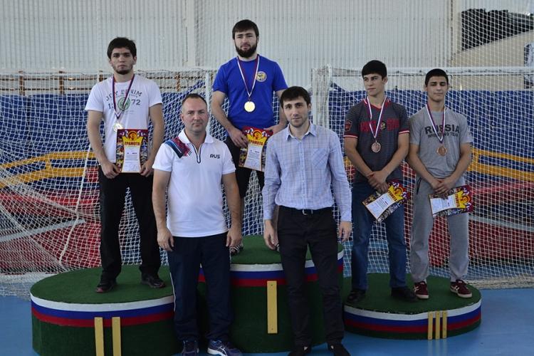 Все победители и призеры чемпионата ЮФО по вольной борьбе