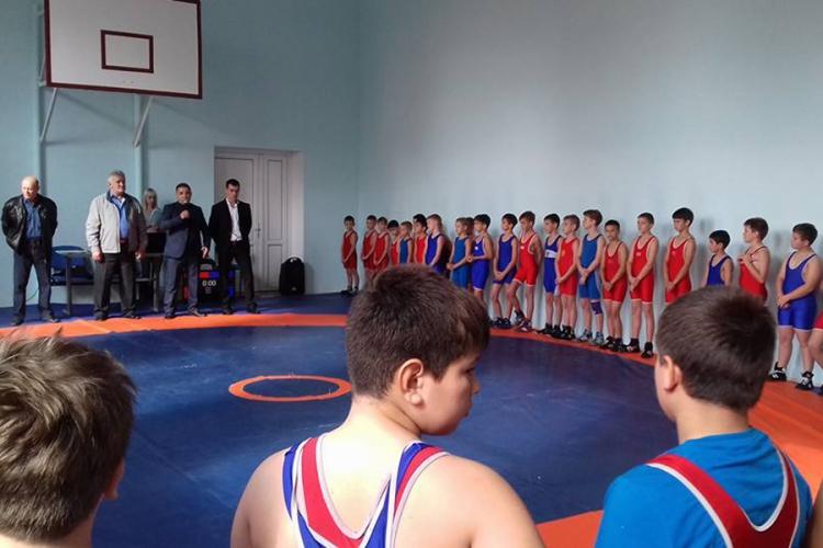 В Марьяновке прошло Открытое первенство Красногвардейской спортшколы по греко-римской борьбе