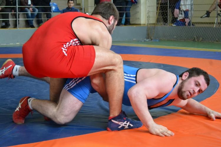 Болат Абдулаев о выступлении крымских борцов на турнире в Адыгее
