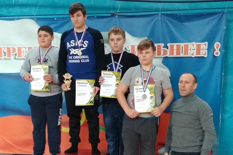 Все победители и призеры юношеского борцовского турнира «Рождественские каникулы» в Бахчисарае