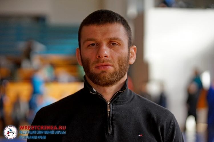 Болат Абдулаев приглашает крымских борцов на контрольные схватки в Алушту
