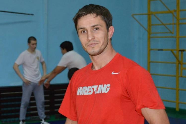 Прославленный борец Адам Курак будет выступать за сборную Крыма