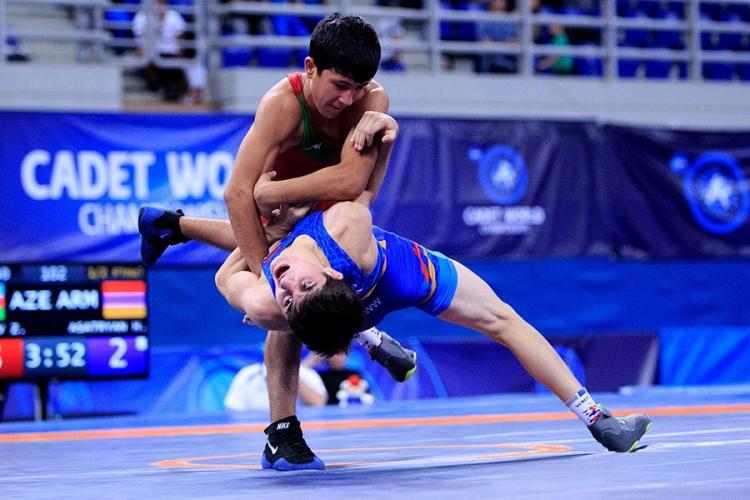 В Греции стартовало кадетское первенство мира по спортивной борьбе