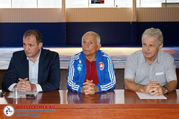 15 декабря – отчетная конференция Федерации спортивной борьбы Республики Крым