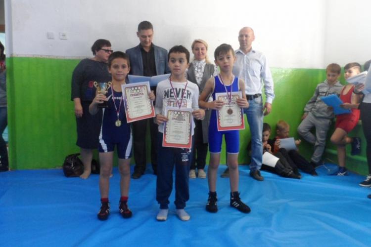 В Ароматном Бахчисарайского района открылся зал спортивной борьбы