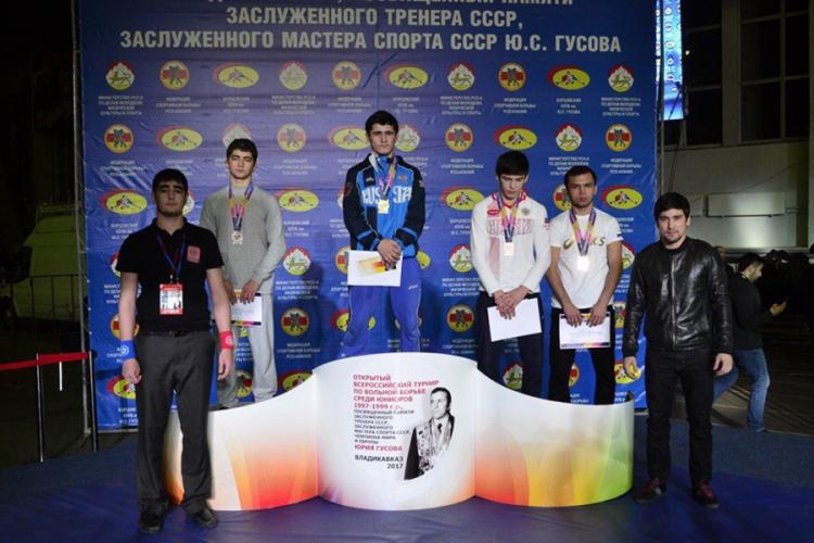 Все победители и призеры юниорского турнира по вольной борьбе во Владикавказе