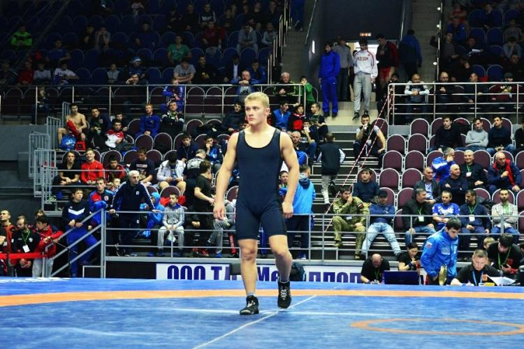Никита Ащеулов и Роман Ютин включены в резерв юношеской сборной России по греко-римской борьбе