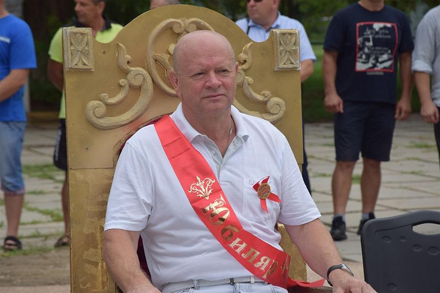 Видеосюжет о праздновании юбилея Александра Пономарева в Петровке Красногвардейского района