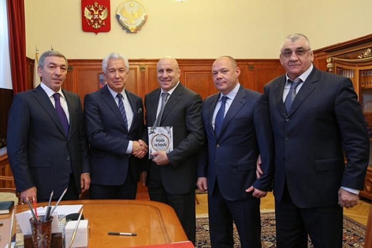 Врио главы Дагестана возглавил оргкомитет чемпионата Европы по спортивной борьбе 2018 года