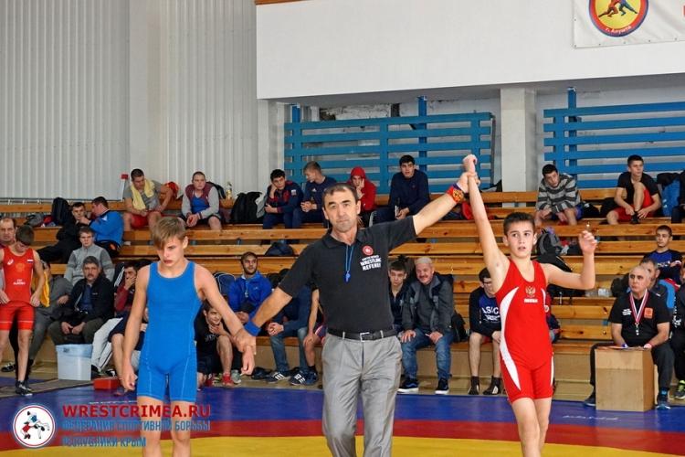 Видеосюжет о борцовском турнире на призы Рустема Казакова