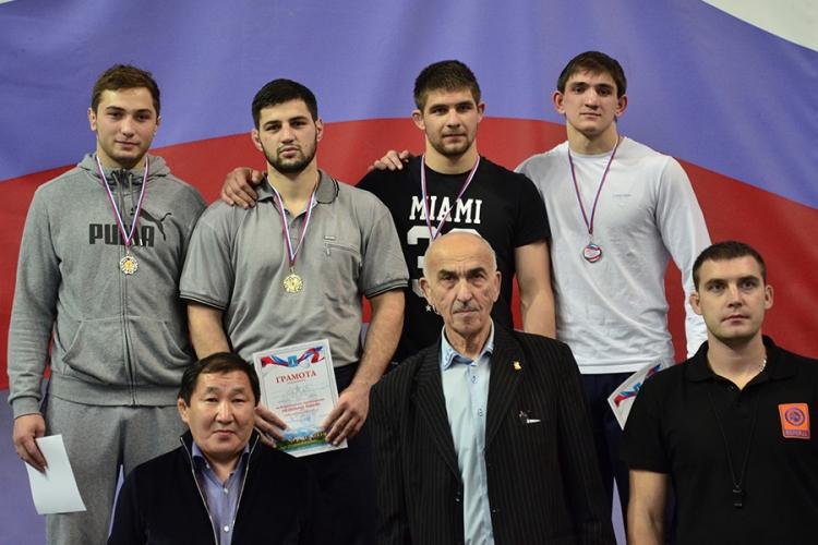 Все победители и призеры Всероссийских соревнований по вольной борьбе в Раменском