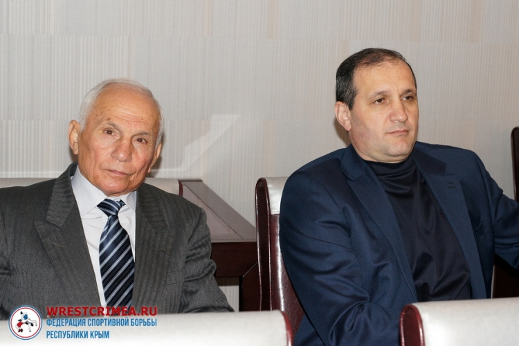 Руководители ФСБРК приняли участие в заседании Олимпийского совета Крыма