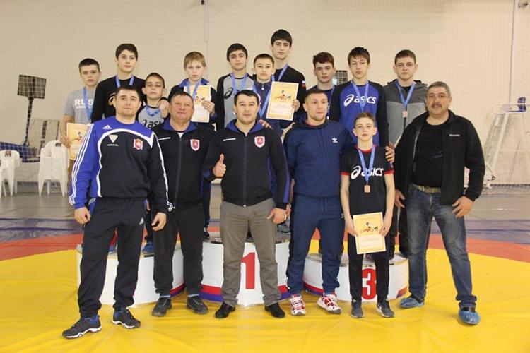 Младшие юноши: 11 медалей в первенстве ЮФО по греко-римской борьбе!