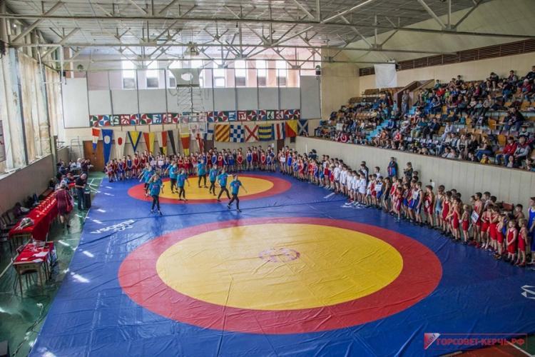 Все победители и призеры Всероссийского турнира по греко-римской борьбе в Керчи